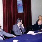 Napoli 1989, Salone della Villa Pompeiana: Convegno per il primo centenario dell'Università Popolare di Napoli; tavolo dei relatori, da sinistra: G. Rinaldi, F. Caruso, O. Ferulano, A. Guarino.